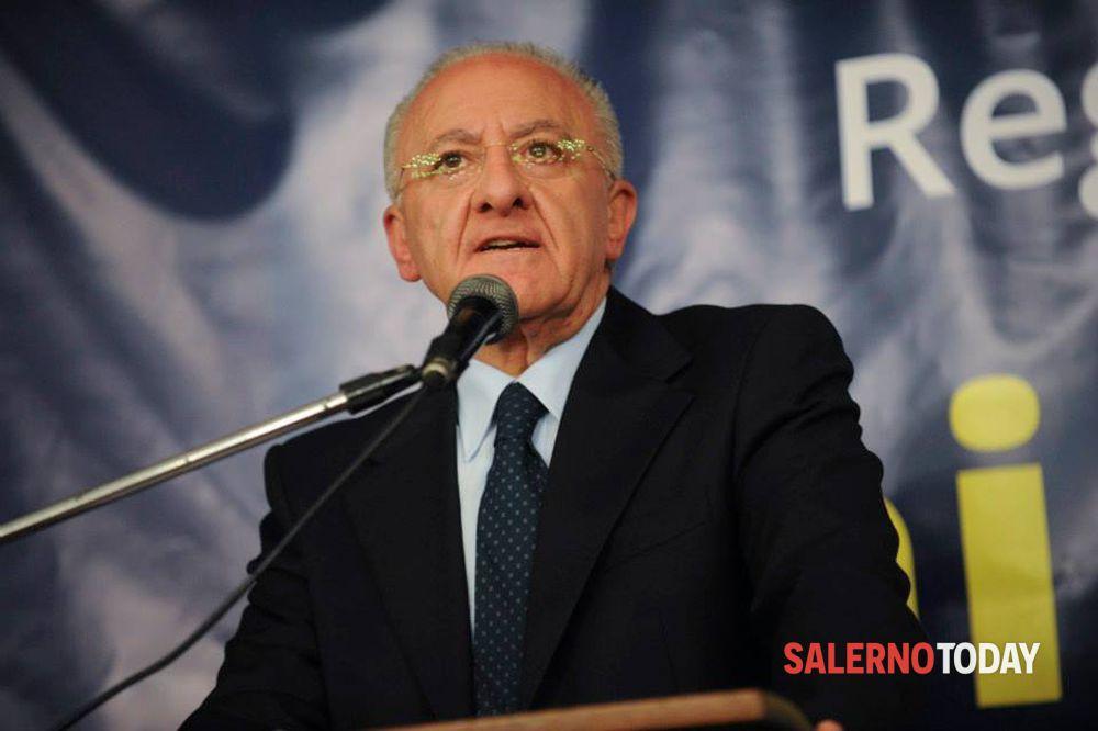Campania zona gialla da domani: atto di richiamo del Presidente De Luca per i locali, nessun evento in presenza