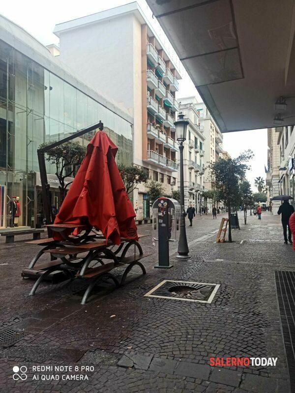 Salerno semideserta a Capodanno: poco passeggio e bar quasi tutti chiusi