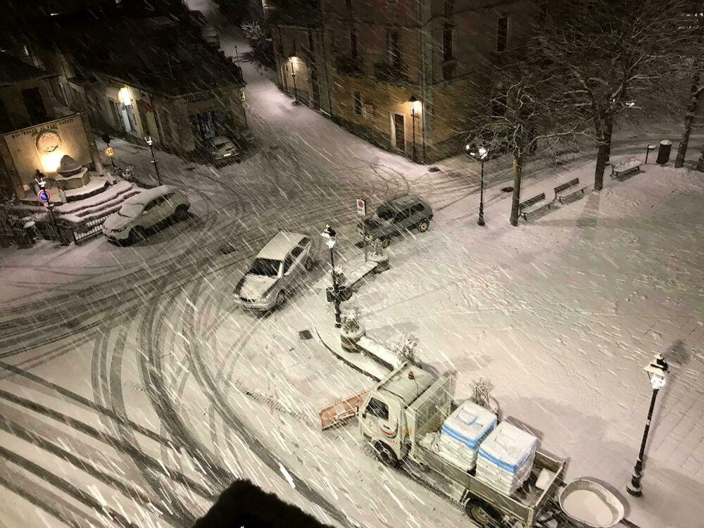 Emergenza neve, scuole chiuse in diversi comuni del salernitano