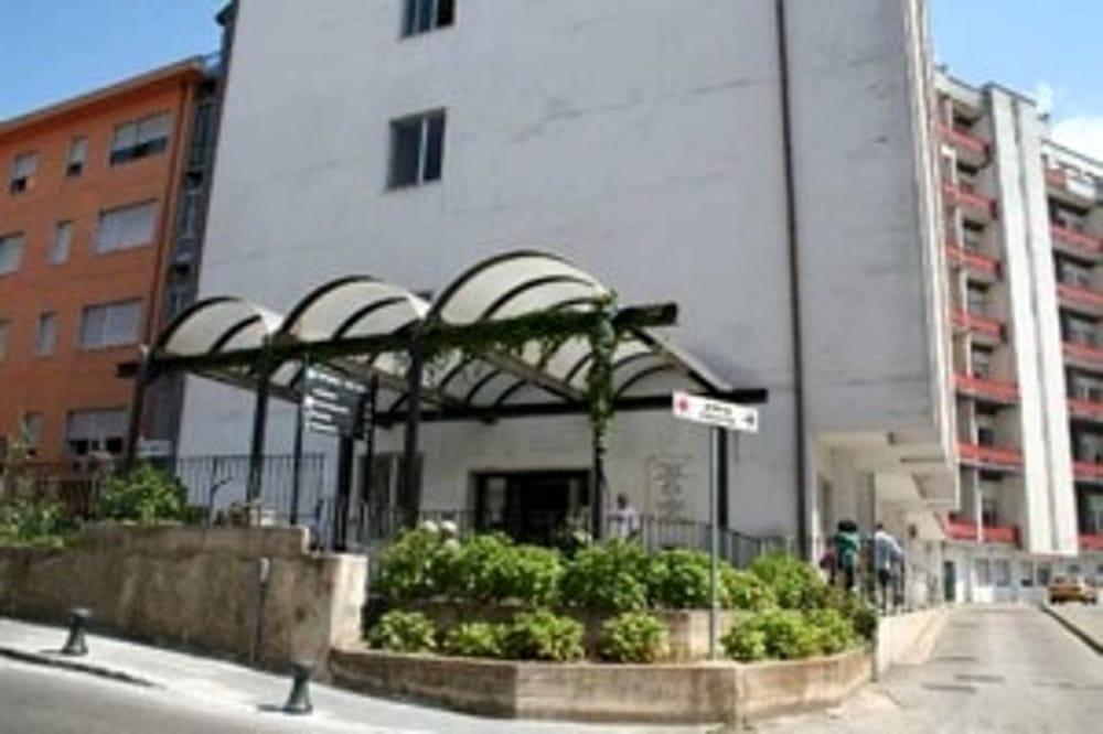 Investe una donna e scappa: arrestato giovane a San Giovanni a Piro