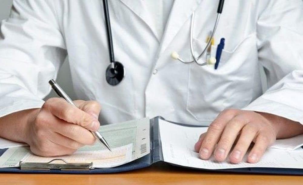 Coronavirus, accordo Campania: vaccino a tutti gli iscritti Ordine medici