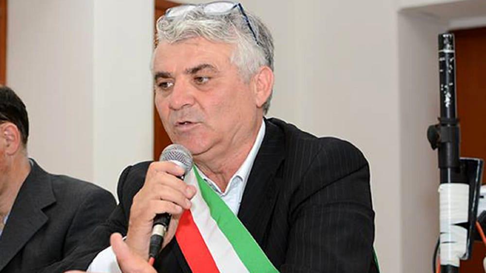 Gestione parcheggi a Camerota, nove indagati: c'è anche il sindaco Scapitta