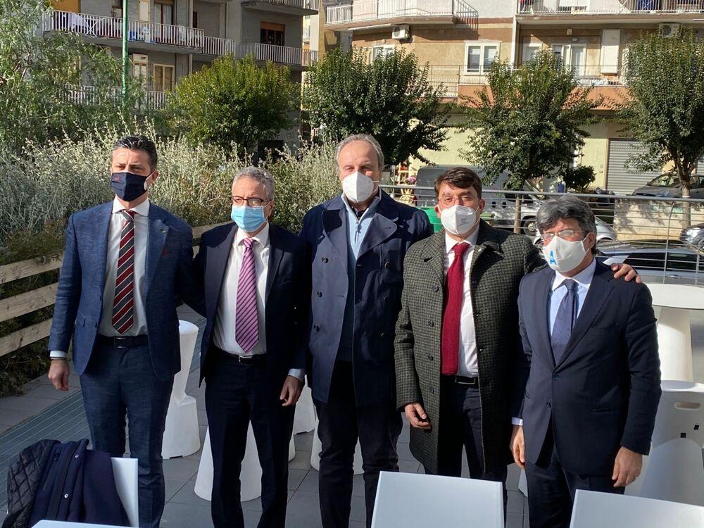 """Elezioni a Salerno, """"Oltre"""" si presenta: """"Non siamo contro nessuno, ma deve tornare il dialogo con la città"""""""