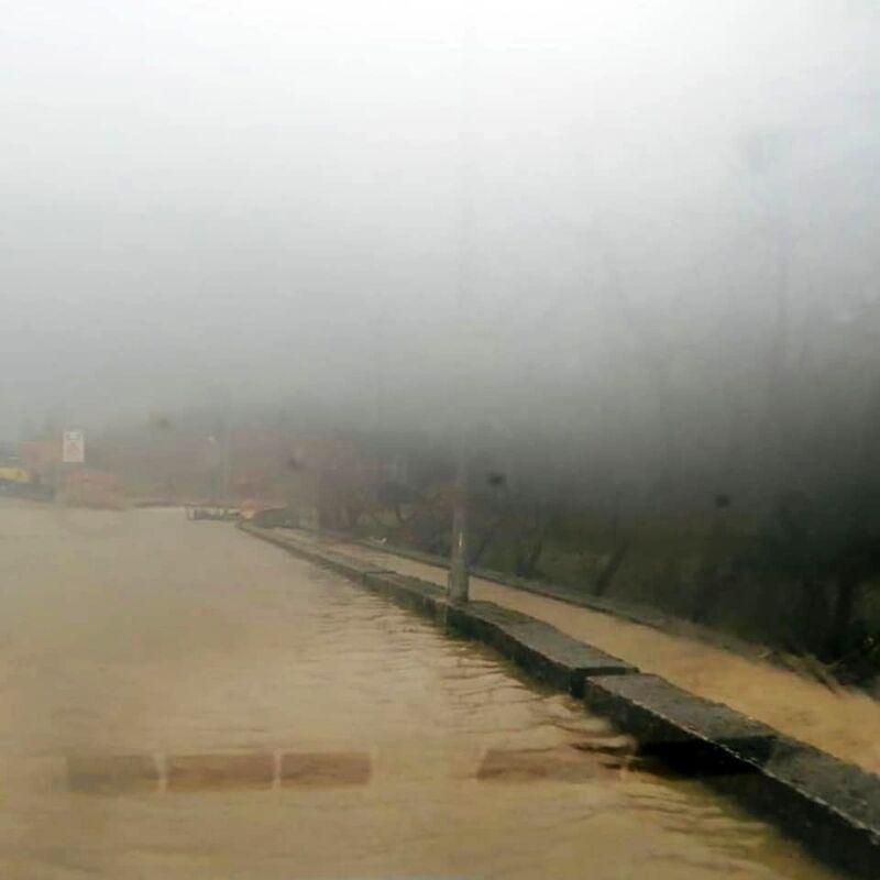 Allarme maltempo, cede il ponte ad Olevano sul Tusciano: chiusa la Sp428