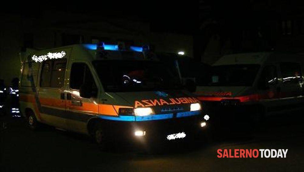 Incidente a Capaccio, auto si schianta contro albero: grave 29enne ebolitano