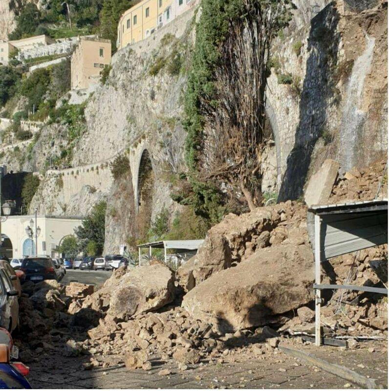 Frana ad Amalfi, riunione al Genio Civile: De Luca garantisce la messa in sicurezza