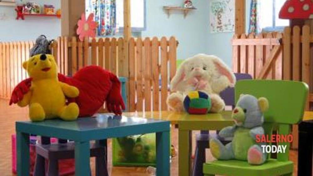 Angri, raid vandalico in un asilo: distrutti i giocattoli dei bambini