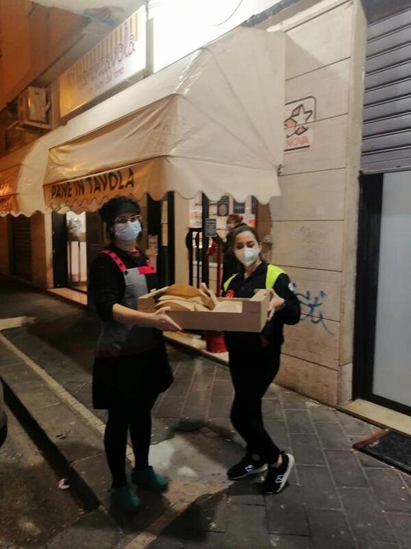 Pasti caldi a chi ha bisogno: continua la distribuzione del Vopi a Salerno