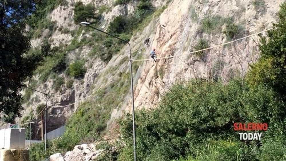 """Frana tra Salerno e Vietri, Agosto scrive a Draghi: """"Rischi ambientali"""""""