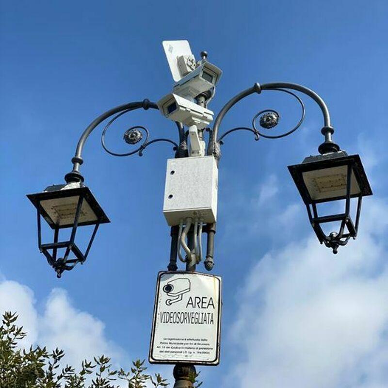 Sicurezza a Camerota, attivate 25 telecamere per la videosorveglianza