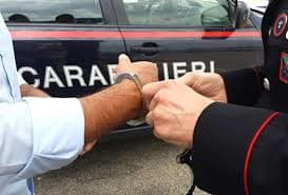 Rapina in un ingrosso di Battipaglia: un arresto, caccia ai complici