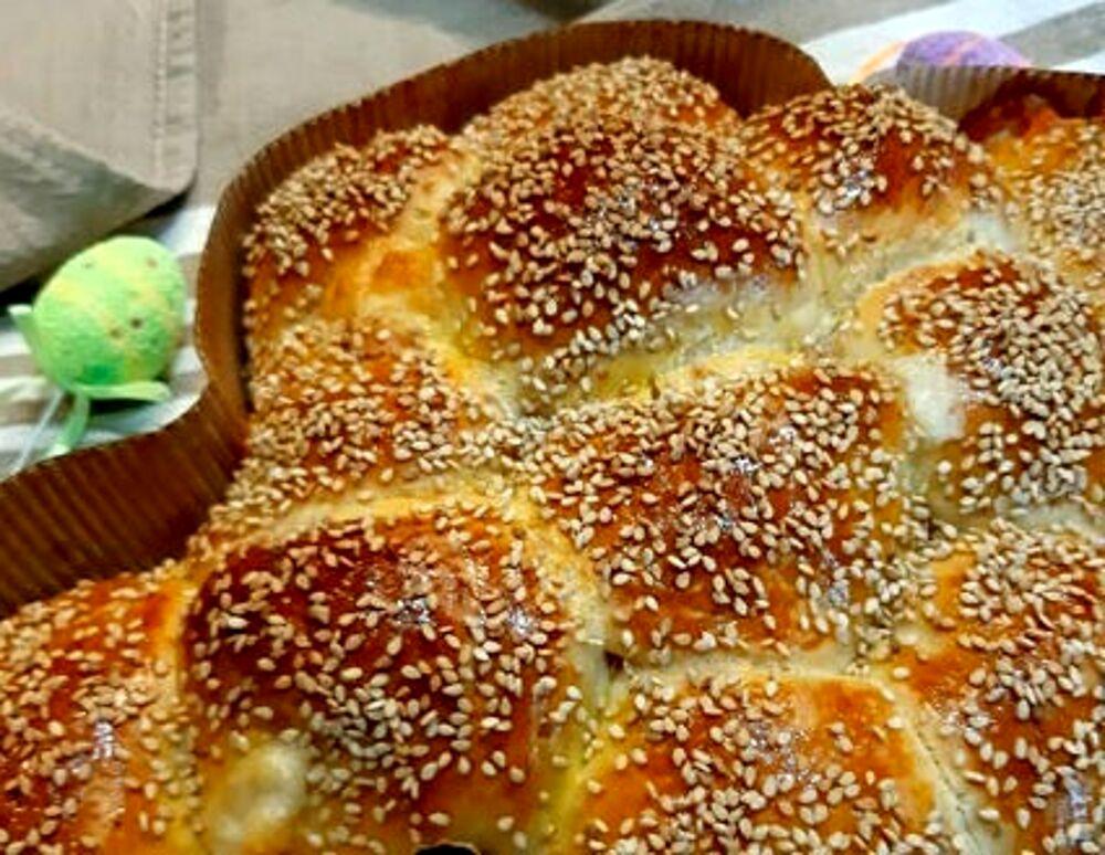 Il pane di Pasqua: la ricetta diventa un tutorial