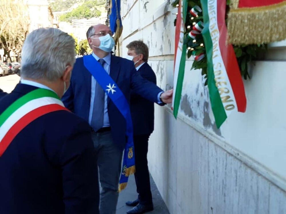 Festa della Liberazione, le cerimonie a Salerno e in provincia: i messaggi Napoli e Strianese
