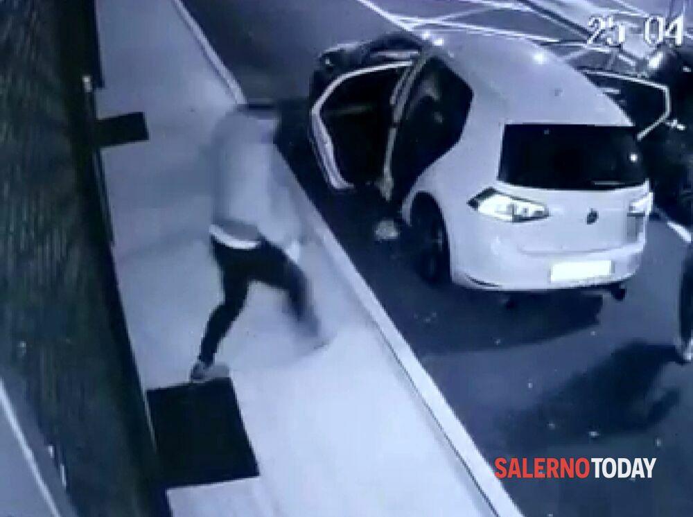 Tentato furto in una gioielleria a San Cipriano Picentino: è caccia ai ladri