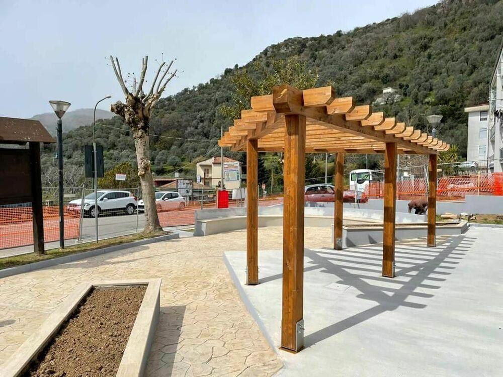 Montecorvino Pugliano: è pronta la nuova piazza nella frazione Torello