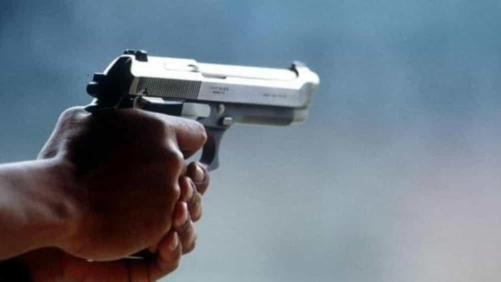 Scafati, droga in casa e una pistola in una culla per bambini: arrestato imprenditore