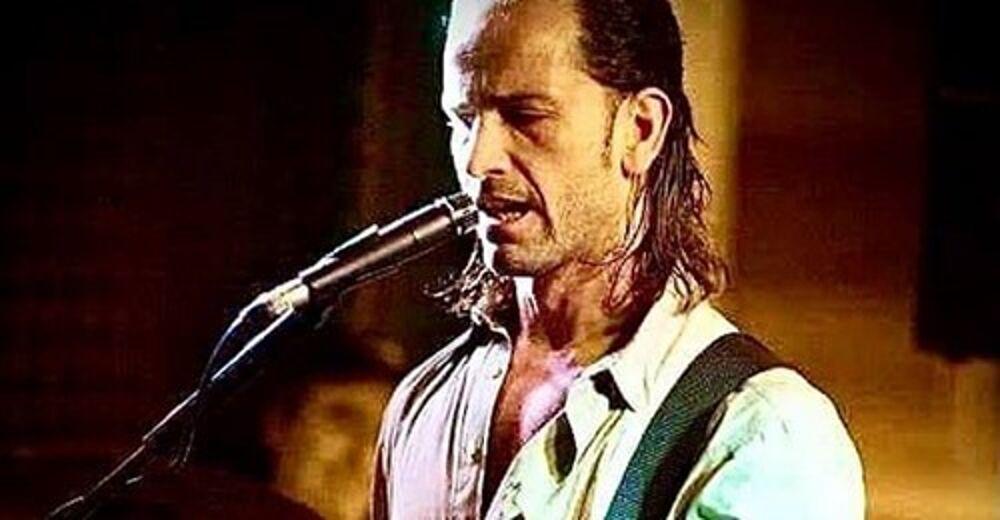 Eboli piange il prof-chitarrista Gianmaria Pastore: il messaggio commovente del papà