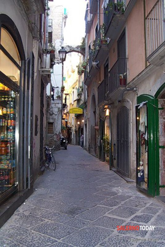 Artigiani a lutto: Salerno dice addio al bottegaio Luigi Inno