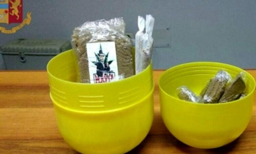 Nascondeva la droga nell'uovo di Pasqua: arrestato dipendente Rsa a Battipaglia