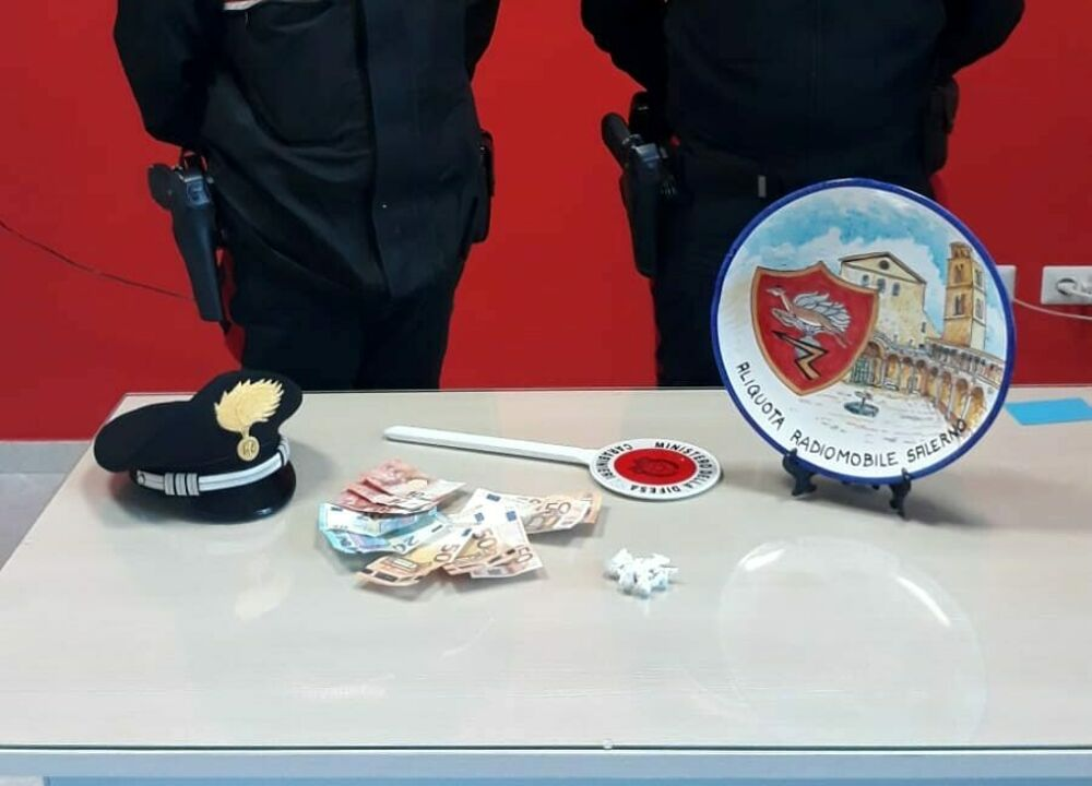 Controlli antidroga dei carabinieri: arrestato un 39enne a Salerno