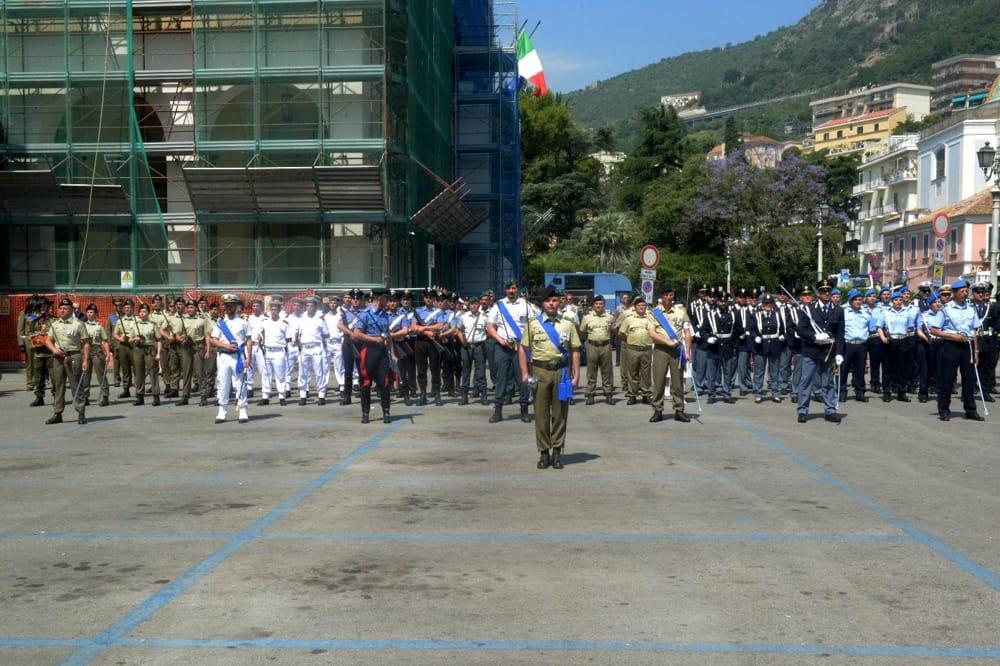 Festa del 2 giugno, ricorrenza tra Comune e Villa Comunale: la consegna delle medaglie