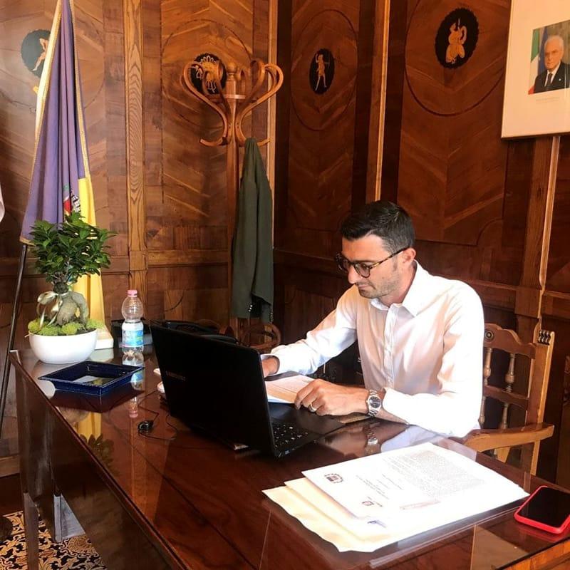 Impianto rifiuti a Pontecagnano: il sindaco incontra i cittadini, l'opposizione chiede un consiglio monotematico