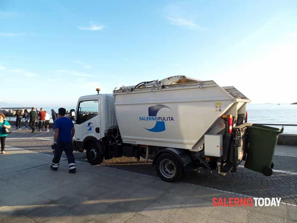 """Materiale sversato all'Arechi, Salerno Pulita smentisce Confael: """"Non è pericoloso"""""""