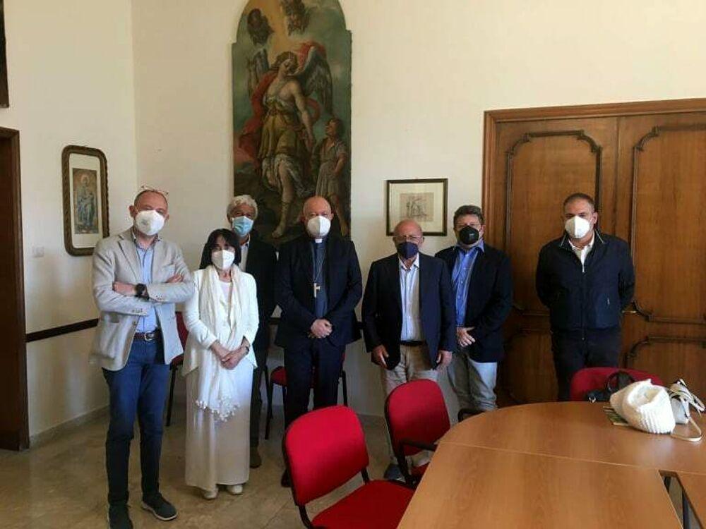 Polo Museale all'ex Tribunale di Salerno, l'arcivescovo riceve il Comitato