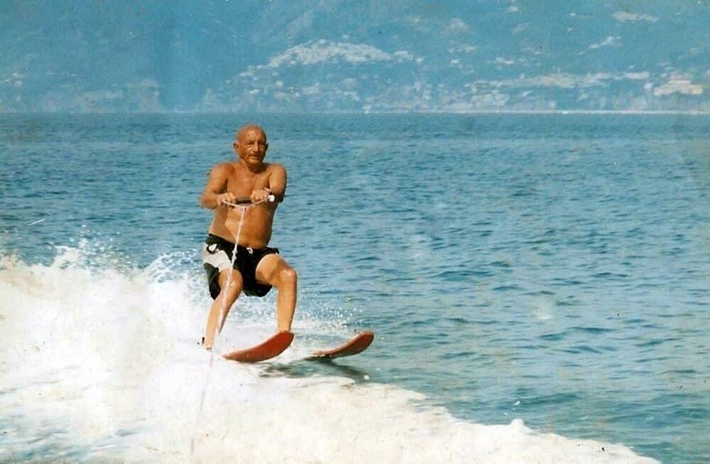 Omaggio all'uomo di mare: il Comune di Salerno ricorda Alfonso Luongo