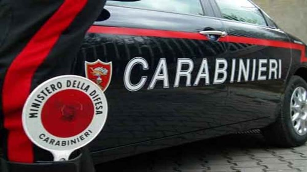 Compra pane e ingioia ferro: un uomo denuncia tutto ad Asl e carabinieri