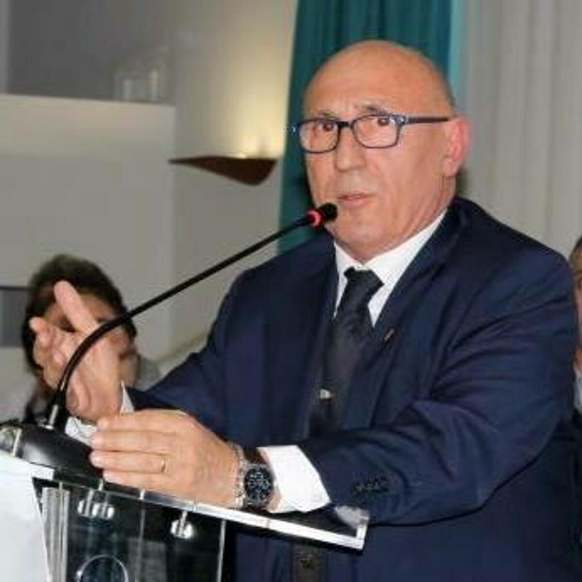 """Delicato intervento per Enzo Fasano, il sindaco: """"Tornerai prestissimo"""""""