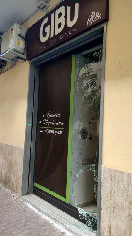 """Raffica di furti nel week-end a Torrione, il titolare di """"Gibù by Castelrovere"""": """"Incrementate i controlli"""""""