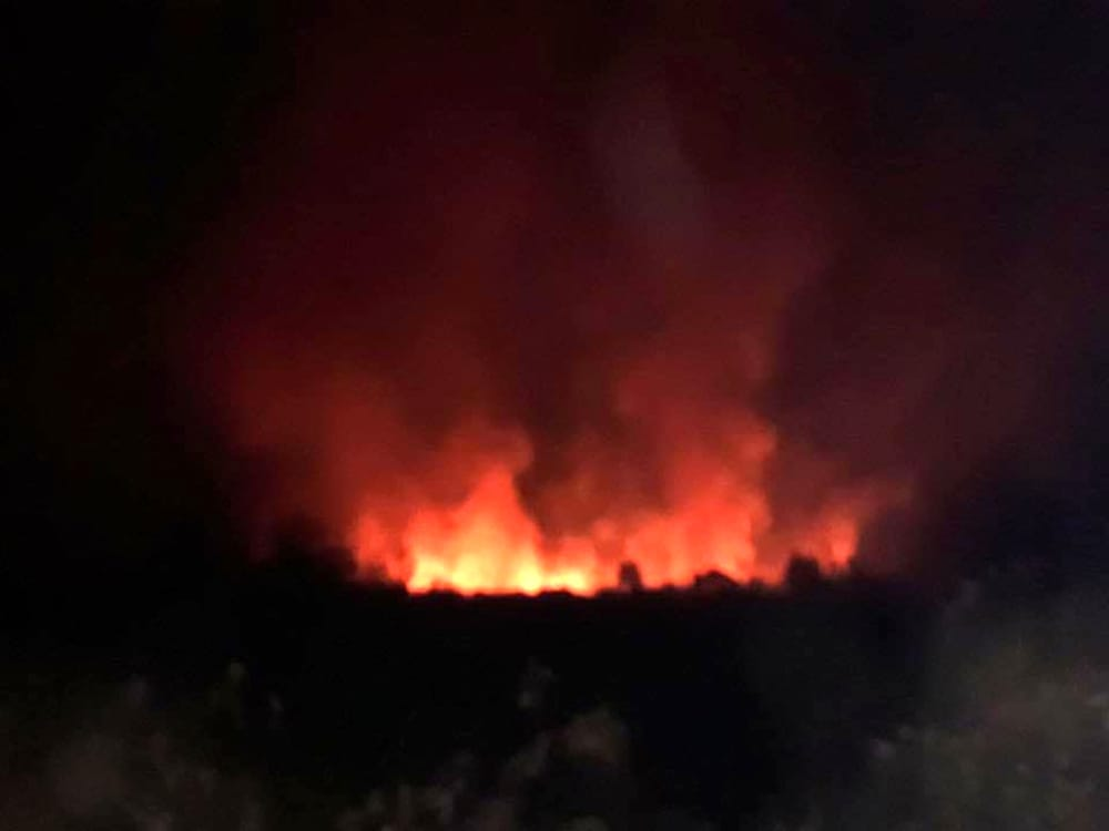 Salerno, grosso incendio nella zona di Brignano: paura tra i residenti
