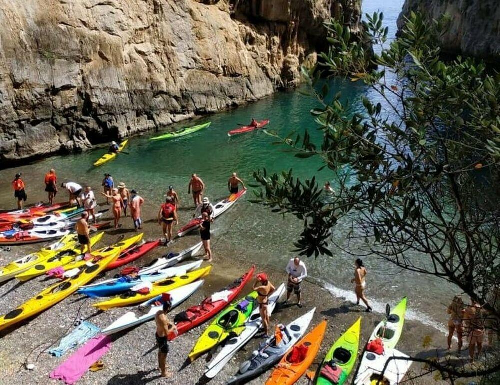 """""""Pagaiando per la Divina"""": è tutto pronto per il raduno internazionale di canoa e kayak da mare"""