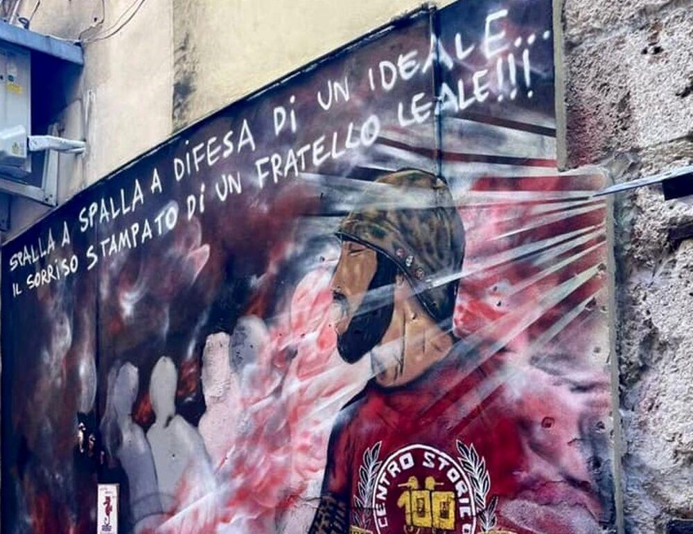 Batte forte il cuore del centro storico: un murales per Matteo Leone