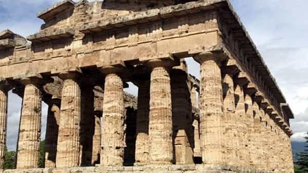 Paestum in un click: arriva l'app che informa sulla città dei templi
