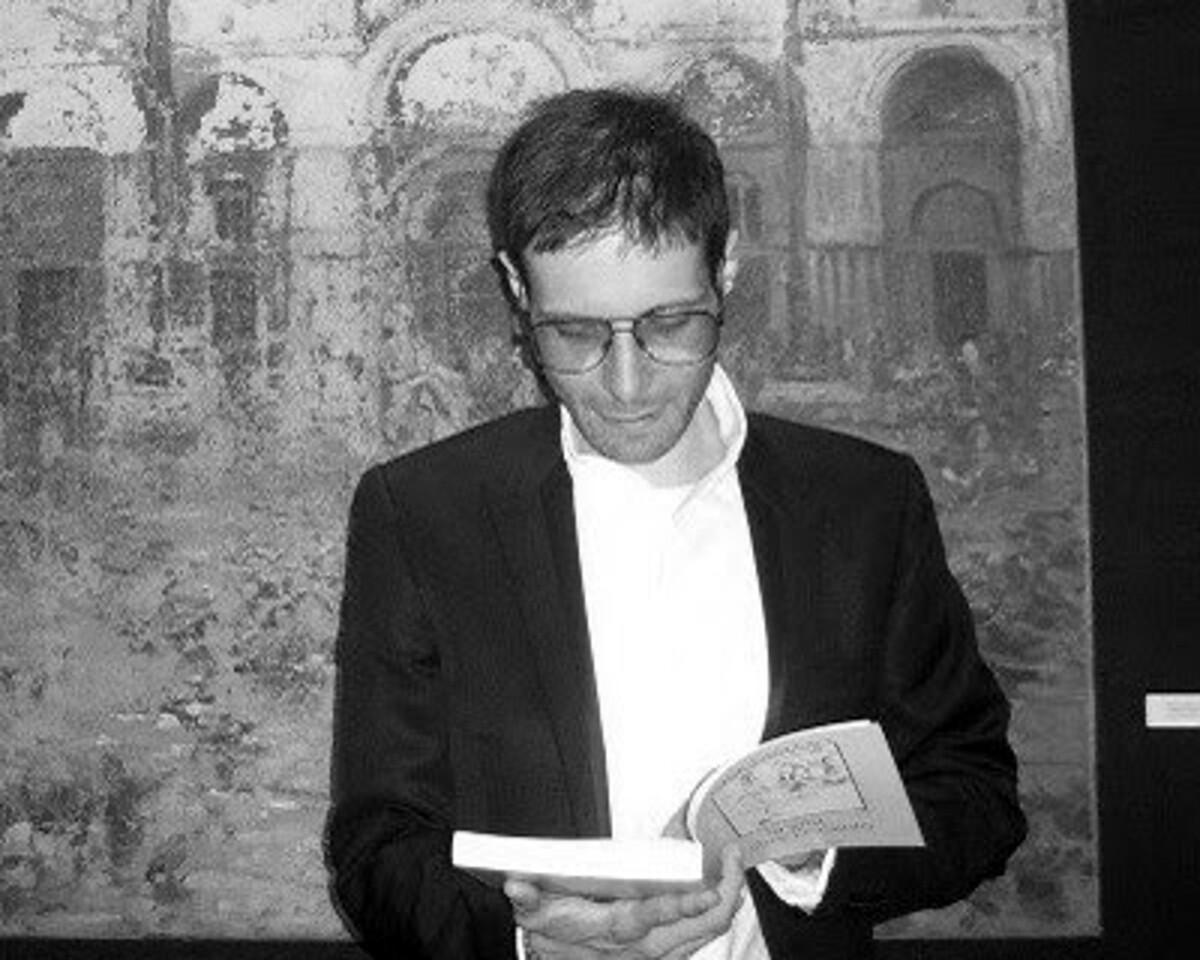 """Presentazione libro """"Oltre il novantesimo"""" di Felice Tommasone a Salerno"""