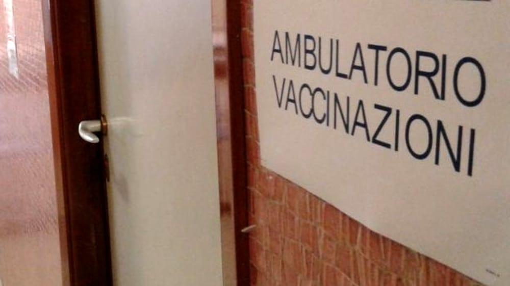 Tris di giornate vaccinali al centro di Bivio-Pratole: l'annuncio del sindaco di Montecorvino