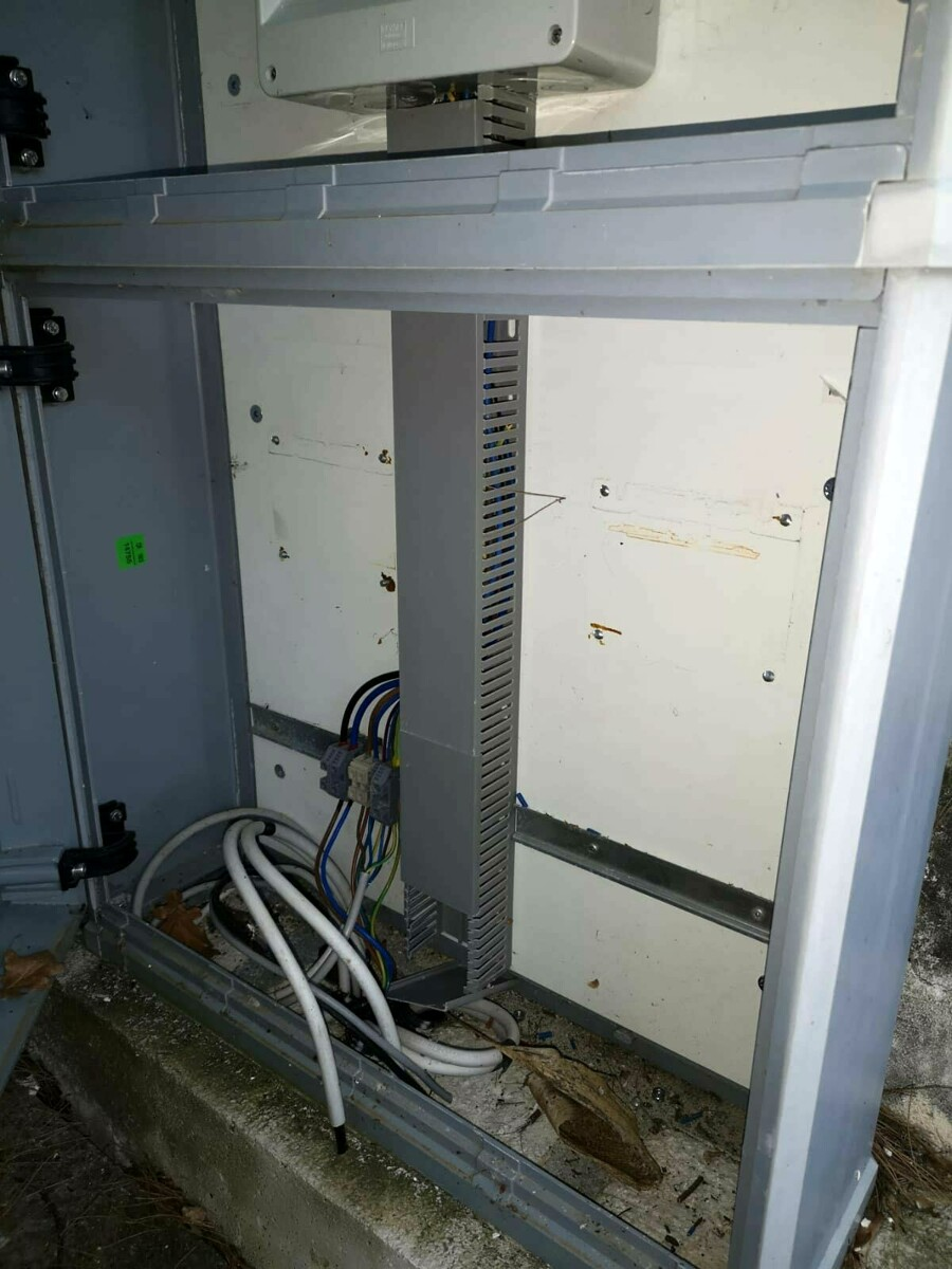 Furto al cimitero di Roscigno: i ladri portano via i trasformatori che alimentano le luci