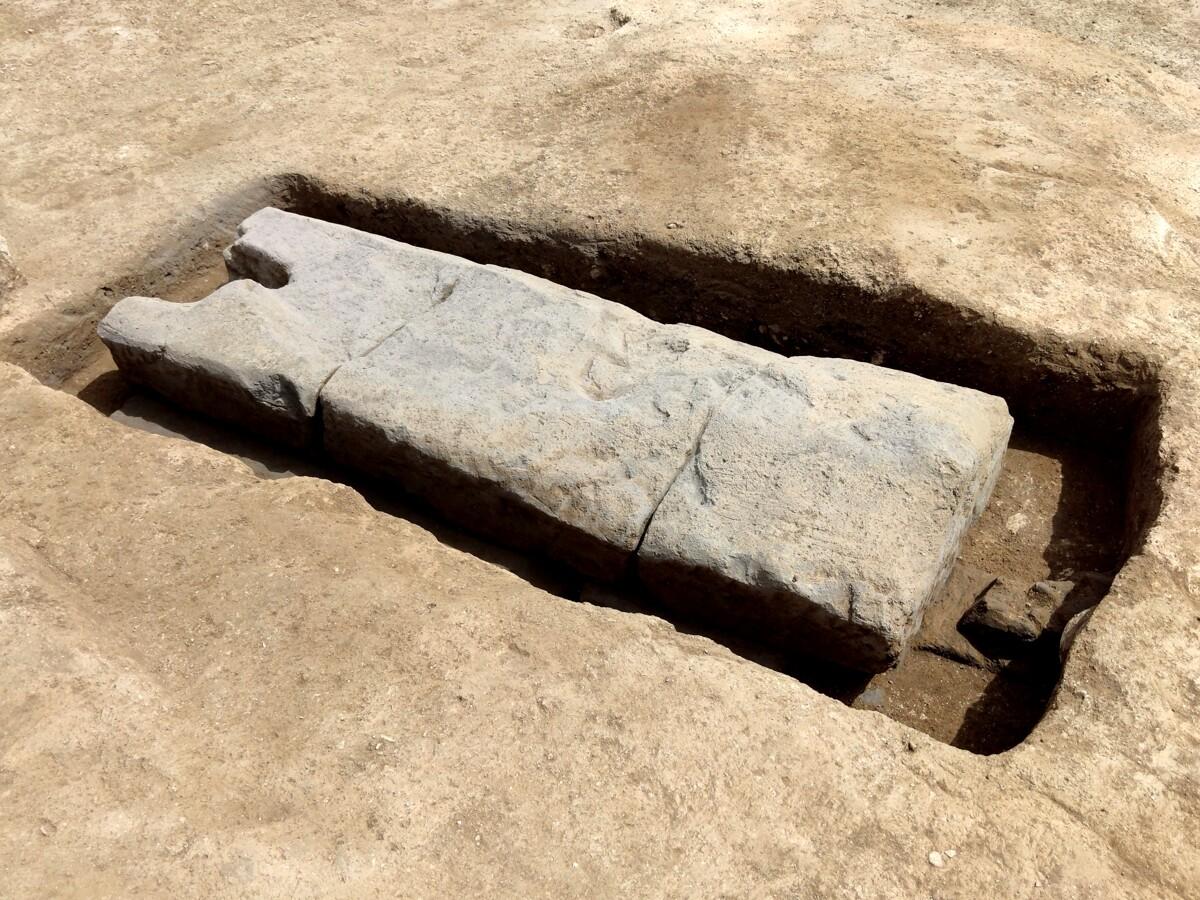 Pontecagnano, trovata la tomba di un giovane guerriero di 10mila anni fa