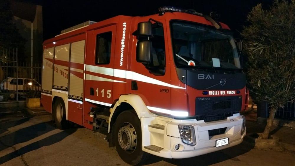 Paura a Policastro, due 15enni bloccate a causa di una diga: salvate dai vigili del fuoco