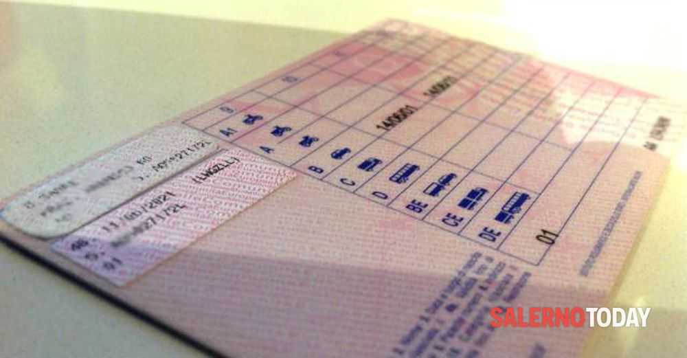 Beccato a guidare sette volte senza patente: denunciato 40enne a San Rufo