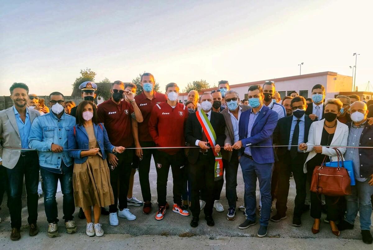 Montecorvino Rovella: inaugurato il campo sportivo con i calciatori granata