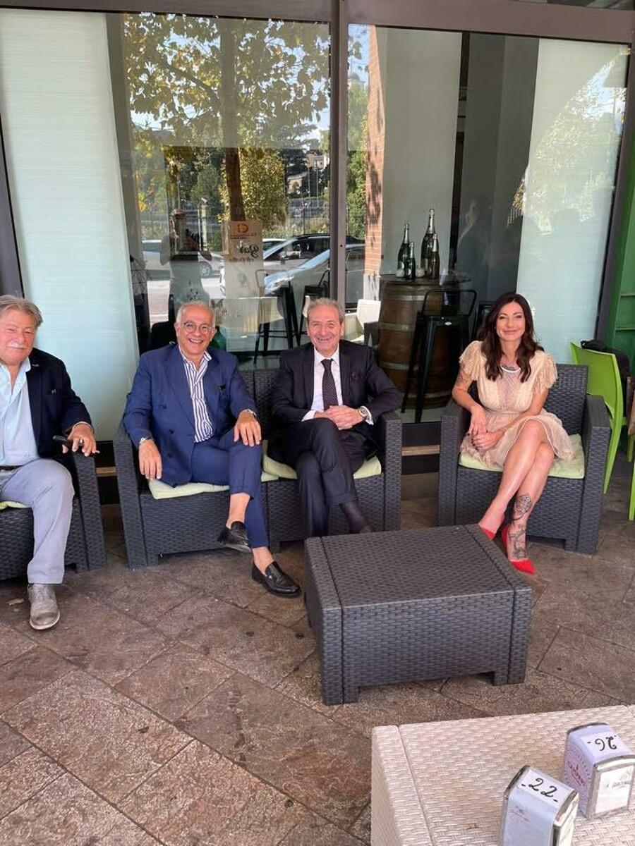 """""""Un osservatorio sui rischi della rete, Wi-Fi e tablet per i ragazzi"""": Priscilla lancia le idee per Salerno"""