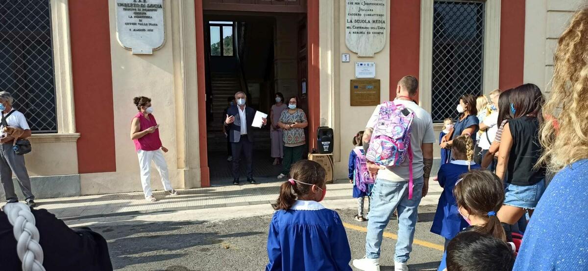 Giffoni Valle Piana: inaugurato il nuovo anno scolastico