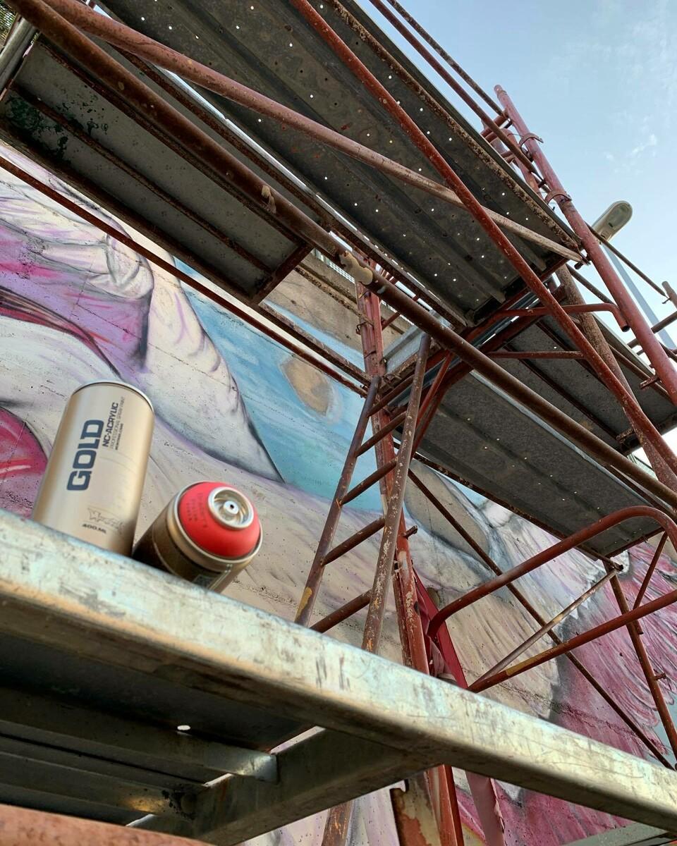Inaugurazioni a Salerno: taglio del nastro per i nuovi murales, intanto fervono i preparativi per piazza della Libertà
