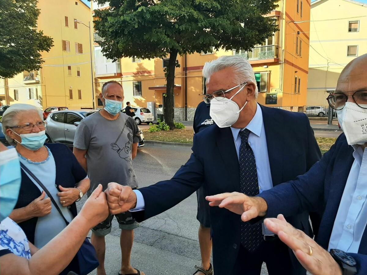 Elezioni a Salerno, Enzo Napoli incontra partiti e candidati