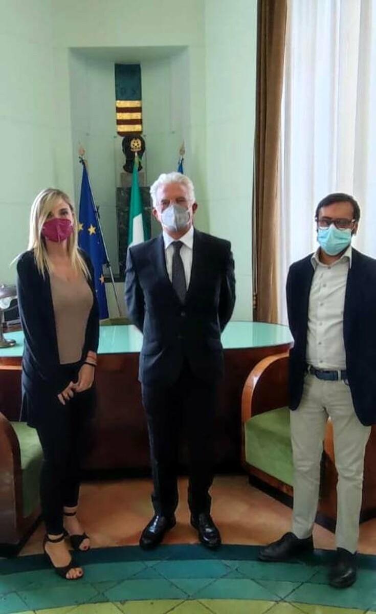 Condizione di vita delle persone LGBTI+: Enzo Napoli incontra il presidente di Arcigay