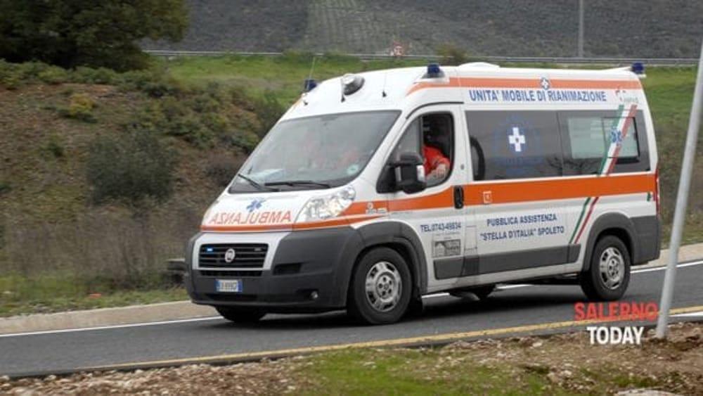 Grave incidente stradale ad Altavilla Silentina: un ferito, corsa in ospedale