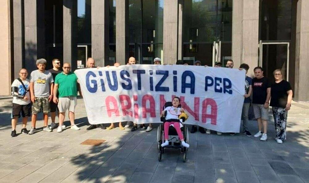 """""""Giustizia per Arianna"""", nuovo appello della famiglia a De Luca: ecco la lettera"""